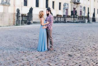 Brautpaar auf Strasse | Allgäu Deko